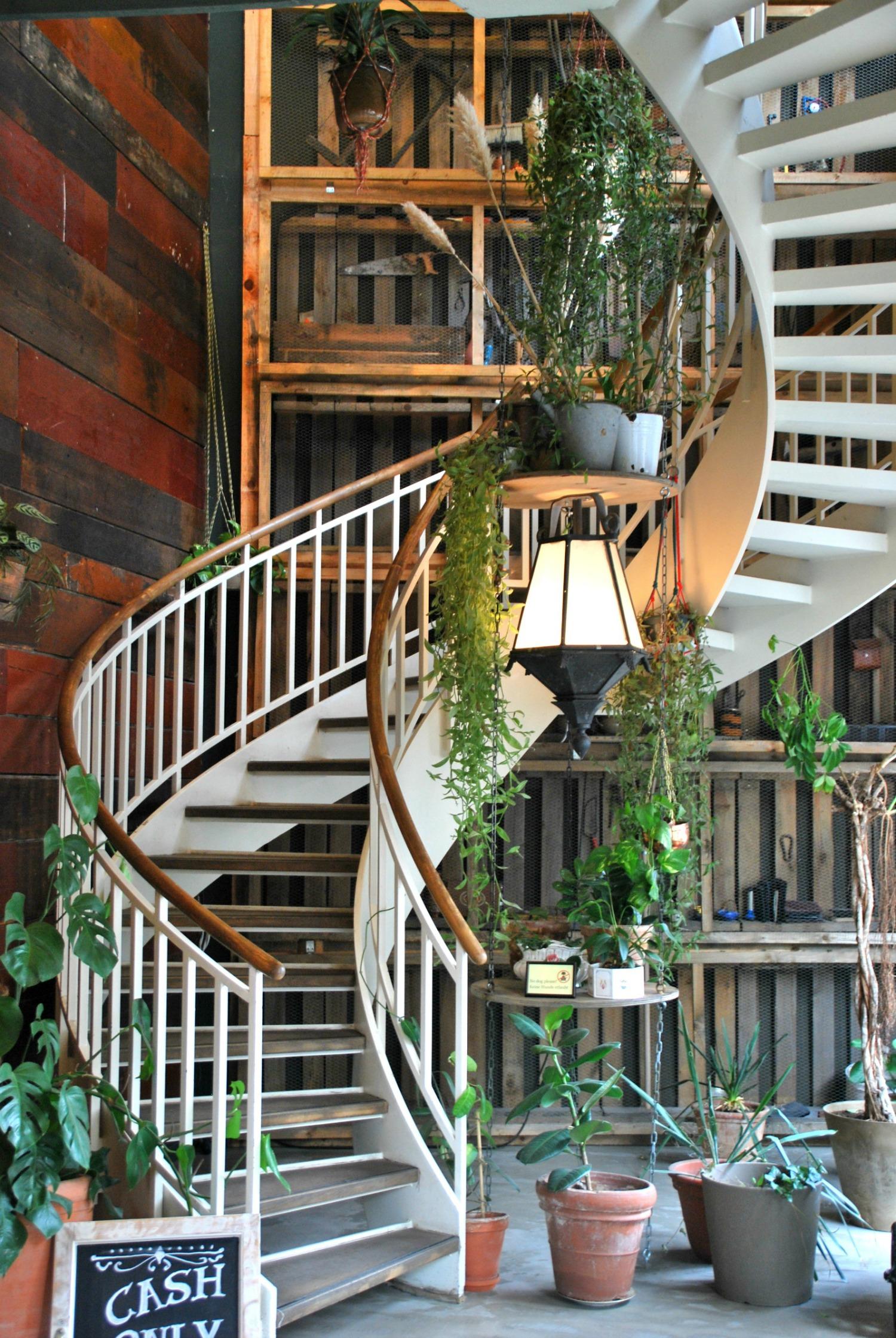 House of small Wonder- mit dem schönsten Eingang den ich je gesehen habe