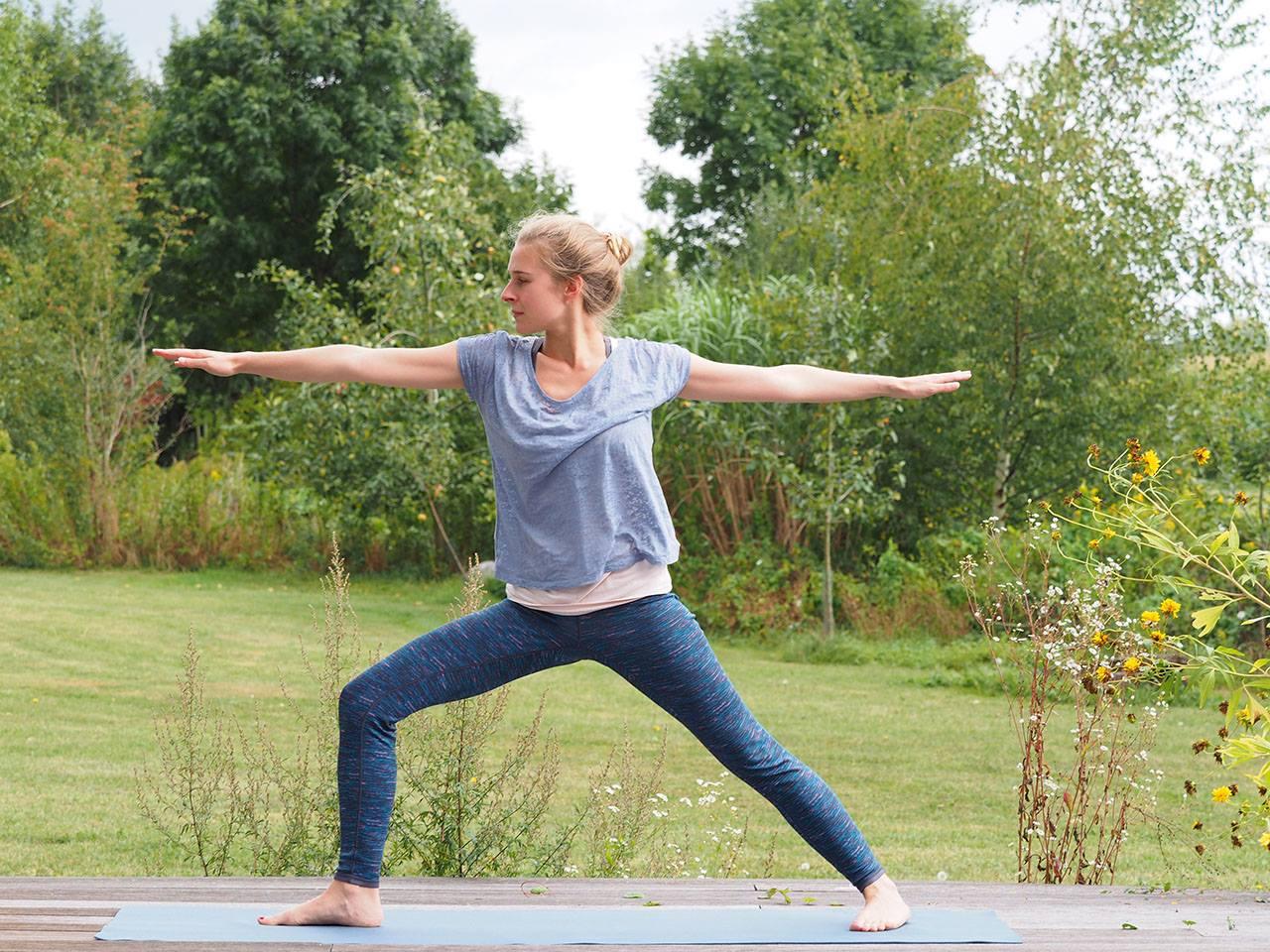 Yoga- Die Haltung der Krieger
