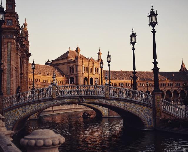 Sevilla- Der Plaza de España ist wie klein Venedig und einfach bezaubernd