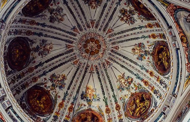 Sevilla- die Decke der Kirche