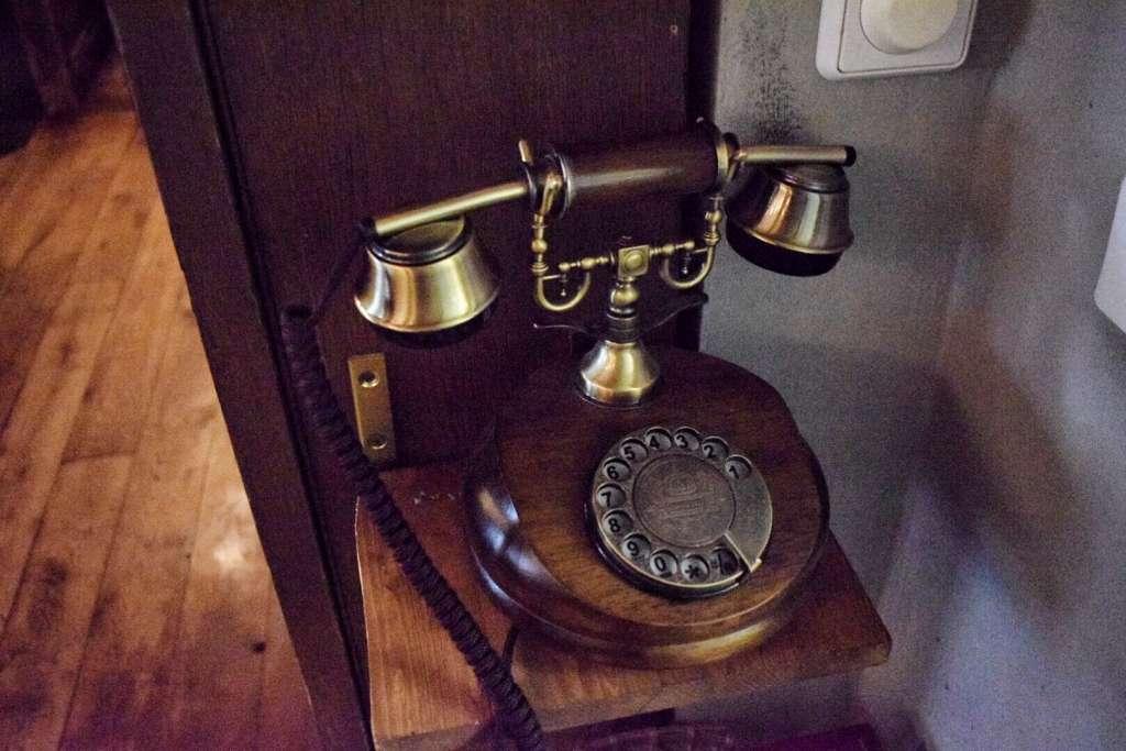 Das alte Telefon im Umami